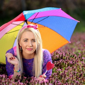 Tips for Living with Lupus: Use Umbrella to Avoid the Sun
